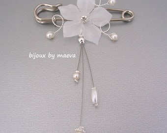 Wedding jewelry dates back train wedding dress or ivory and pearl flower brooch