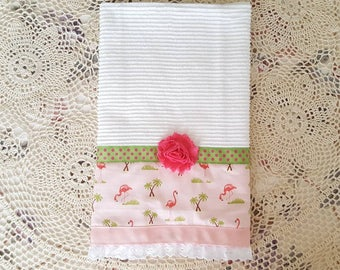 White Towels, Flamingo Towels, Bath Towels, Kitchen Towels, Hand Towels, Dish Towels, Dishcloths, Christmas Gifts, Mother's Day