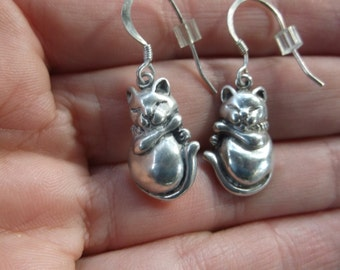 Vintage Sterling Silver Cat Kitty Earrings, Whimsical Dangle Kitten Earrings, Cute! Signed by the Artist (M) Nice Quality, Estate Jewelry