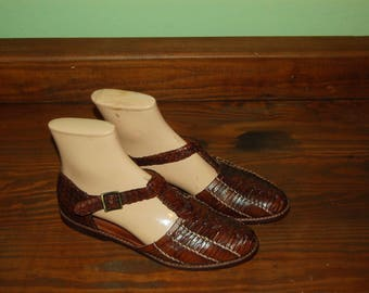 Women Size 7 Cole Haan Vintage Brown Leather Huaraches