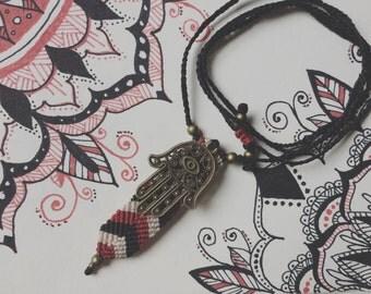 Macrame necklace Hamsa: hand of Fatima