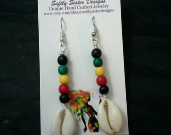 Cowrie Shells Earrings, Wire Wrapped Earrings,  Dangle Earrings, Wire Art