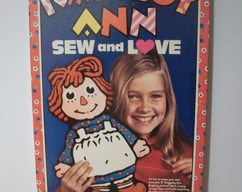 Super Vintage Raggedy Ann Sew and Love by Colorforms 1975 - Unused #940A