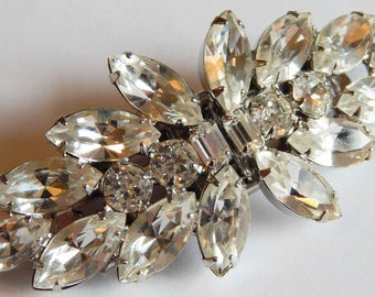 Vintage WEISS signed DUETTE  Fur clip Duet Crystal clear rhinestone pin brooch