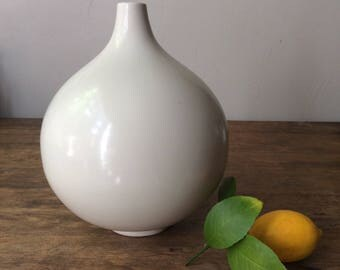 Modern Ceramic Globe Vase - Off White - Vintage