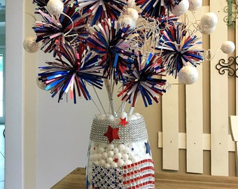 SALE! Patriotic Centerpiece ~ Buffets, Tables, Gifts, Parties ~ 4th of July, Memorial Day, Veteran's Day, Labor Day, President's Day
