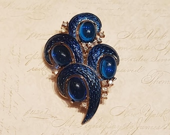 Vintage Trifari Brooch L'Orient Sapphire Glass Blue Enamel Sapphire Blue Stones 1968