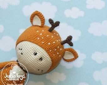 Deer crochet toy