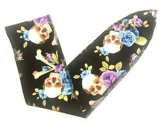 Skull and crossbones rockabilly hair wrap