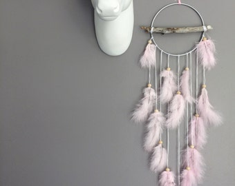 Dream catcher in driftwood, pink color powdered