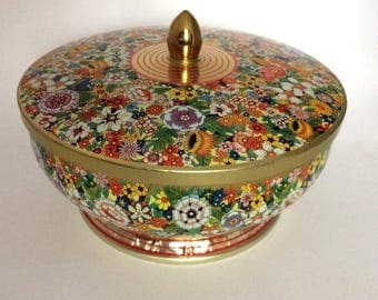 Round Floral Tin Retro Metal Bowl DAHER Candy DISH Container w/ Lid England Vintage