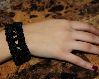 "Beaded Bracelet Guatemalan Magnetic Closure Black Handcrafted 7"" New"