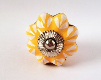 Knobs, Yellow Scalloped Knobs, Drawer Pulls, Cabinet Knobs, Yellow And Black Design
