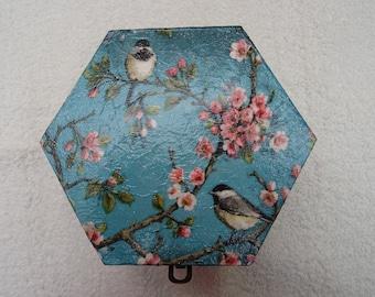 Bird Decoupage Box 14.5 cm
