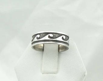 Catch A Wave! With This Solid Sterling Silver Band/Ring Size 7 3/4  #WAVEBAND-SR4