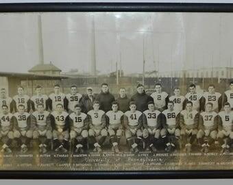 1940 University of Pennsylvania Varsity Lightweight Football Team Panoramic photograph in its original frame