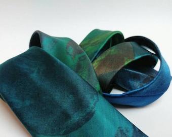 Vintage Christian Dior silk tie blue green sea