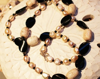 SALE!!! Chanel Inspired Necklace; Ivory Pearls, White Howlite and Black Beads //  Lariat Necklace