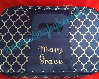 Monogrammed Casserole Quarterfoil Patterned carrier perfect gift for wedding, shower, birthday, christmas, housewarming, church members.
