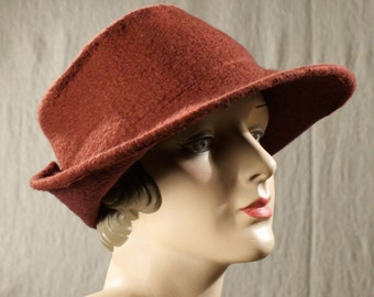 Wide Brimmed 1940's Style Hat in Brick Orange Felted Wool w/Buttoned Back - Dark Orange Wool Hat - Brimmed Ladies Hat - Hand Felted Wool