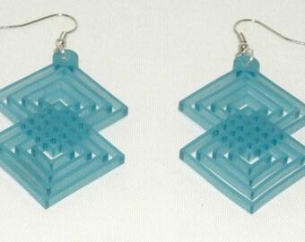 square earrings plexi
