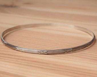 Patterned Sterling Silver Bangle Bracelet Lines and X's Handmade Artisan Bangle