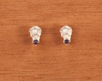 Seed earrings Pentagon shape with iolite natural gemstone