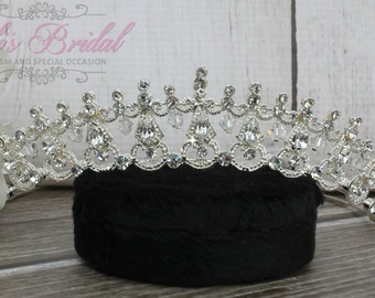 Swarovski Tiara, QuinceaneraTiara, CrystalTiara ,Wedding Tiara, Wedding Headpiece, Bridal Tiara, Crystal Headpiece, Bridal Headpiece