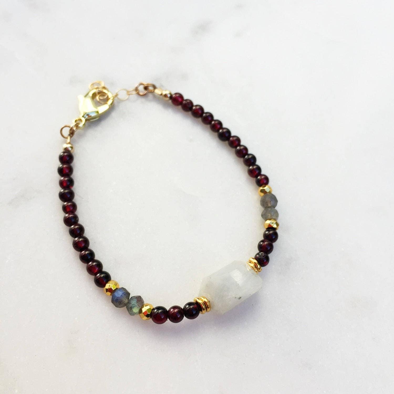 Garnet + Moonstone Beaded Bracelet | Raw Gemstones | Beaded Bracelet |