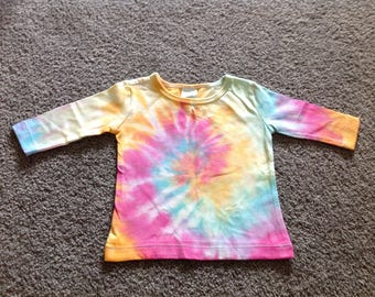 Handmade baby 3-6 mth 000 rainbow spiral long sleeve top