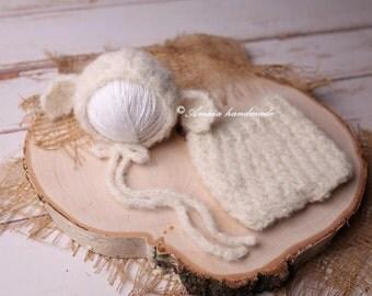 Newborn lamb hat and pants - Little lamb crochet set - Beautiful newborn photo prop  - Made to order - Alpaca and merino wool
