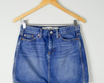 90s XS/S Gap Jean Skirt,  Vintage Clothing, 90s Clothing, Denim Skirt, Mini Skirt, 90s Clothes, Hipster, Grunge Clothes, Short Skirt