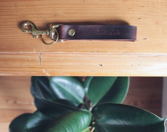customizable leather keychain, personalised keyfob, custom leather key loop, personalized, brass