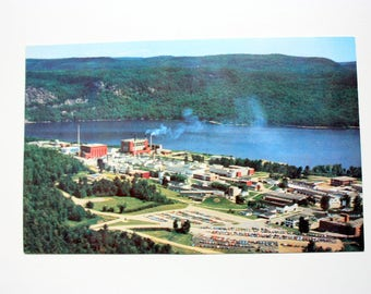 Atomic Energy of Canada Limited Postcard /Chalk River Nuclear Labaoratories / AECL / CRNL / Vintage Nuclear Industry / Nuclear Research