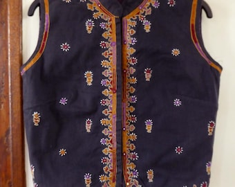Vintage indian Shrujan waistcoat vest hand made embroideries rabari size XS india