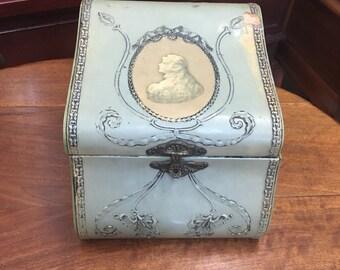 Vintage 20's Celluloid Collar Box