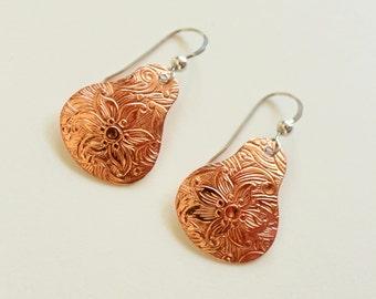 Copper Dangle Earrings, Sterling Silver Dangle Earrings, Copper Earrings, Textured Copper Earrings, Engraved Copper Earrings, Floral Earring
