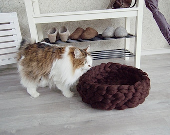 Cat Bed - pet bed - cat furniture - pet basket - merino wool - choose color - chunky wool