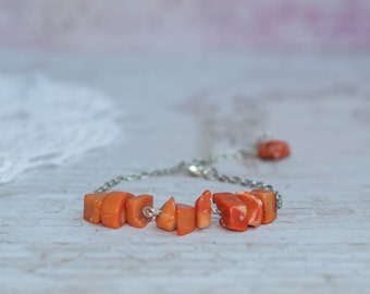 Orange beaded bracelet, Orange bracelet, Orange coral bracelet, Orange stone bracelet, Bright orange bracelet, Coral chip bracelet