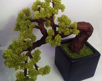 Beaded green bonsai, home decor bonsai, green tree, beaded gift, green home decor, bonsai tree, original bonsai. japanese junipertree
