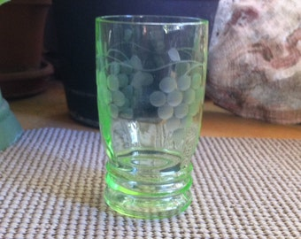 MacBeth Evans Etched Juice Glass Mid-Century - Green w/Grapes Design