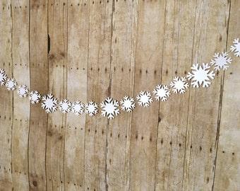 Snowflake Banner-- Snowflake Garland- Holiday Decorations - Christmas Decorations- Mantle Decorations- Snowflakes - Christmas Party