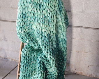 Chunky Knit Blanket - 100% Merino Wool Throw - Chunky Blankets