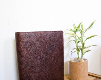 Leather portfolio // full-grain veg-tan leather // leather bound moleskin notebook