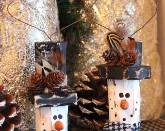 Pair of Salvaged Pine Rustic Snowman Ornaments - White/Black Hat