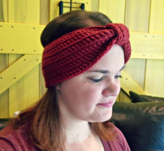 Bow ear warmer in brick red