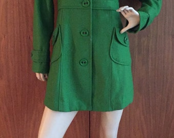 Vintage Kelly Green coat jacket, wool button front pockets, 60's, 90's, boho chic, mod go-go, mad men, spring, fully lined