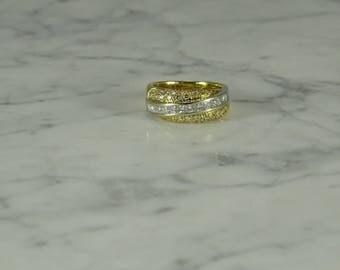 Diamond 18K Gold Ring Size 6.5