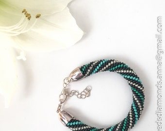 "Pearl bracelet ""Onyx"""