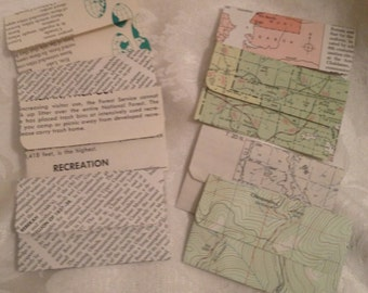 Set of 8 Gift Card Holders - Four Text and Four Map Designs